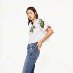 f843580b2772c0 Zara Tops - NWT Zara Embroidered Leaves Cropped Blouse Top